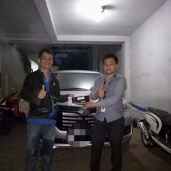 DO 12 Sales Marketing Mobil Dealer Daihatsu Martin