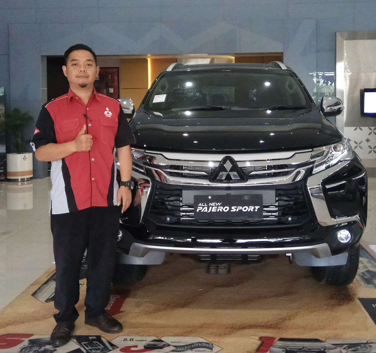 Sales Marketing Mobil Dealer Mitsubishi Dimas