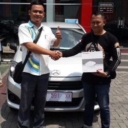 DO Sales Marketing Mobil Dealer Daihatsu Sarip (4)
