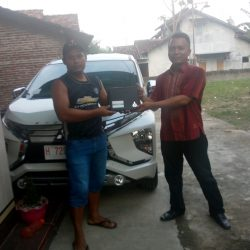 DO 5 Sales Marketing Mobil Dealer Mitsubishi Dwik