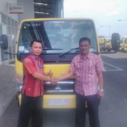 DO 6 Sales Marketing Mobil Dealer Mitsubishi Dwik