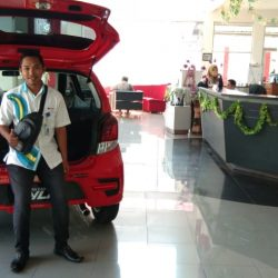 DO Sales Marketing Mobil Dealer Daihatsu Khasan (10)
