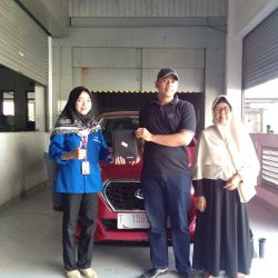 DO 1 Sales Marketing Mobil Dealer Nissan Hanifah