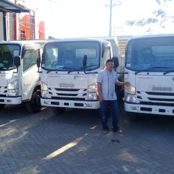DO 13 Sales Marketing Mobil Dealer Isuzu Makassar Firman