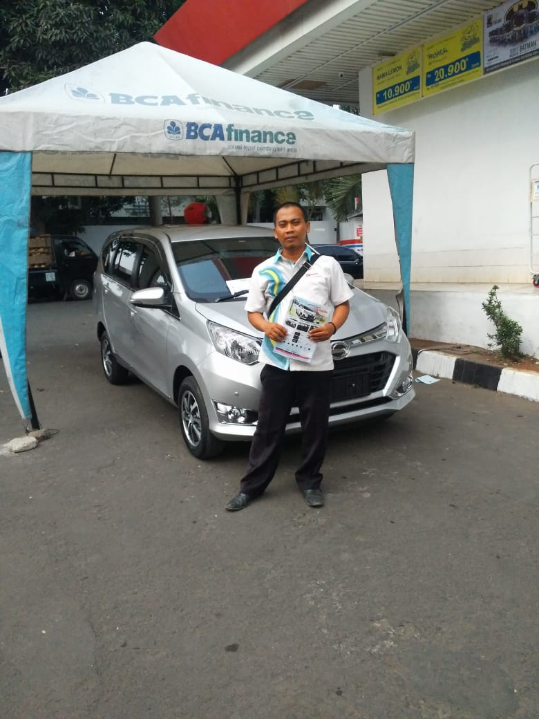 Sales Marketing Mobil Dealer Daihatsu Elan