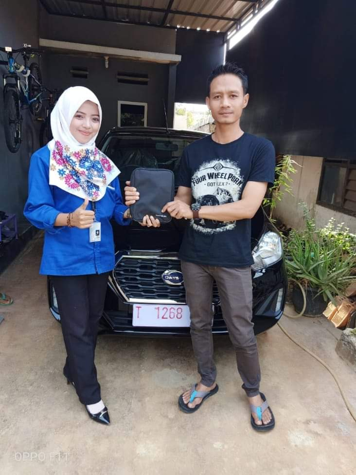 Sales Marketing Mobil Dealer Nissan Hanifah