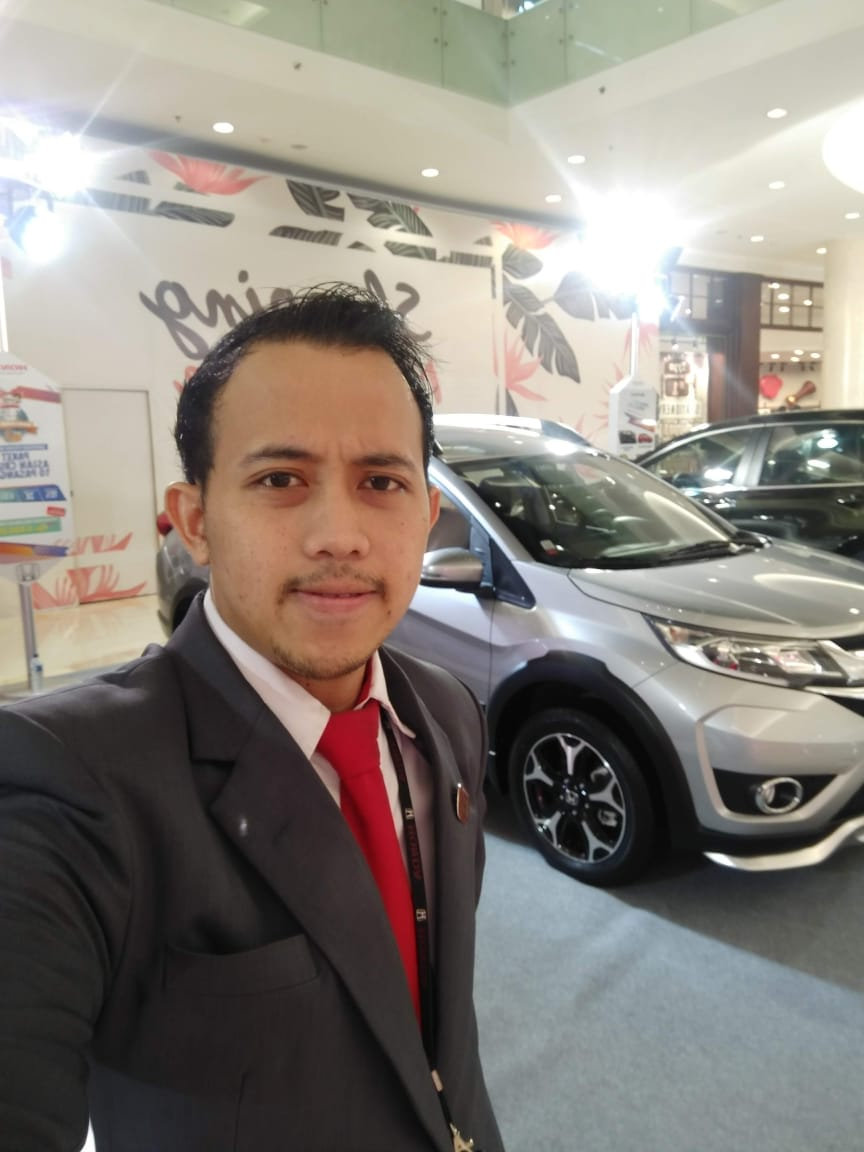 Sales Marketing Mobil Dealer Honda Nugie
